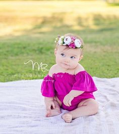 Ideas Baby Photography 1 Year Newborn Photos For 2019 Toddler Pictures, Baby Girl Pictures, Newborn Pictures, Outdoor Baby Pictures, Baby Girl Photography, Children Photography, Photography Ideas, Outdoor Baby Photography, Baby Monat Für Monat