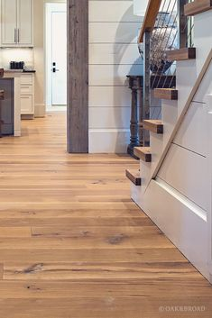Your daily dose of Inspiration: Nashville Tennessee Wide Plank White Oak Flooring Hardwood Floor Colors, Light Hardwood Floors, Refinishing Hardwood Floors, White Oak Floors, Floor Refinishing, Wood Stair Treads, Wood Stairs, Stair Railing, Railings