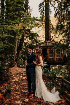 You won't believe all the magic that's happenin' at this Washington wedding Camp Wedding, Forest Wedding, Woodland Wedding, Wedding Reception, Wedding Stuff, Wedding Venues, Dream Wedding, Boho Wedding Dress Bohemian, Bohemian Weddings
