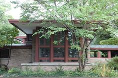Get yourself to River Forest, Illinois where you can see the stunning Isabel Roberts House at 603 N. Edgewood from 1908. #globalphile #travel #tips #destination #architecture #franklloydwright #lonelyplanet #art #design http://globalphile.com/our-favorite-frank-lloyd-wright-architecture/