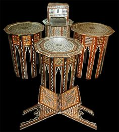 Antika Osmanlı Sedef İşçiliği 19 yy a ait, çeşitli sehpa ve Kur'an rahlesi.