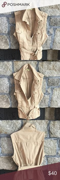 Gianni Bini Kahki Vest Gianni Bini Cotton Twill Military Style Vest. Epaulettes, Buttoned Pockets, Belt. Wear Sleeveless or over a Tee. Gianni Bini Tops
