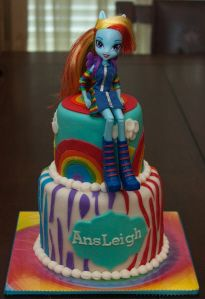 Rainbow Dash Equestria Girl cake by Buttercream Wishes