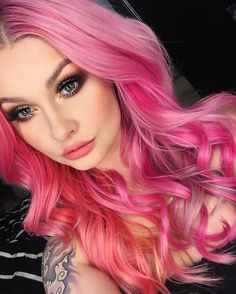 Pin by holley brown on hair волосы, прически Bright Hair Colors, Hair Color Pink, Brown Hair Colors, Pink Hair, Colours, Bouffant Hair, Magic Hair, Hair Color For Women, Pastel Hair