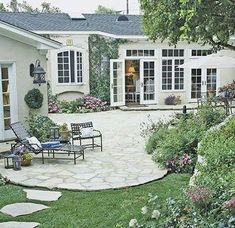 Patio Design Tips - Better Homes & Gardens - Soften with Curving Lines Sometimes a problem can be turned into an asset. Rugged terrain determined the gracious, curved shape of this patio. It is easily accessible from the house through French doors.