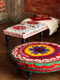DIY Trendy Ottoman: Using entry-level upholstery skills, minimal tools, and no sewing, you can create these splashy little ottomans topp. Painted Furniture, Diy Furniture, Colorful Furniture, Unique Furniture, Diy Ottoman, Round Ottoman, Upholstered Ottoman, Ottoman Ideas, Ottoman Table