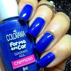 #Azul mais que liiiiiindo !!! Hoje usando o #QuadradoAzul da @esmaltecolorama, um tom de #azulroyal muito lindo e super pigmentado. Amo #esmalte azul, e esse e certamente um dos que mais gosto  #lanailbelle #amoazul #unhasperfeitas #unhasdasemana #dicasdeunhasbr #nails #nails2inspire