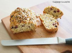 havermoutbrood Healthy Baking Substitutes, Baking Recipes, Apple Snacks, Oatmeal Bread, Bread Substitute, Chicken Pasta Bake, Feel Good Food, Healthy Desserts, Healthy Food