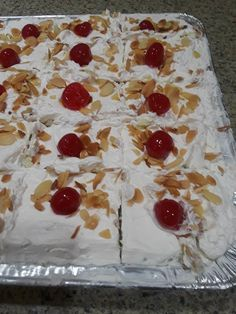 Greek Sweets, Greek Desserts, Greek Recipes, Vegan Desserts, Easy Desserts, Dessert Recipes, Cookbook Recipes, Cooking Recipes, Meals Without Meat