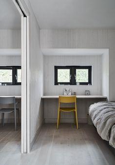 Villa Hagerman, Ljugarn – M. Interior Exterior, Interior Architecture, Interior Design, Mood Board Interior, Adjustable Height Table, Turbulence Deco, Simple Desk, Slow Living, House Layouts