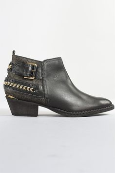 Pikolinos Murano Mid Boot in Black