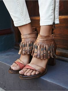 Put your fashionable foot forward with Free People shoes that are perfect for every occasion. Shop Free People shoes online and stay on trend year-round. Fall Shoes, Summer Shoes, Leather And Lace, Leather Heels, Splendid Shoes, Buy Boots, Designer Heels, Ankle Straps, Peep Toe
