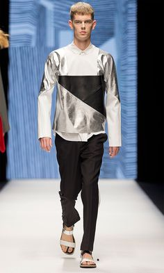 WHYRED-SS15_fy6