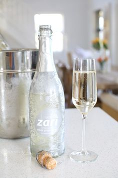 Result of Alcoholfree Wine Bubbly Picks Inspired Living Sa Images and more Photos such as Alcohol Free Wine, Non Alcoholic, Cape Town, Wine Recipes, Writer, Good Food, Bubbles, Trends, Amp