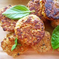 baked tuna patties with pea hummus & oven roasted truss tomatoes - my lovely little lunch box