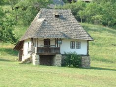 Design Case, Little Houses, Traditional House, Rustic Style, Home Interior Design, Tiny House, Beautiful Homes, Cottage, Moldova