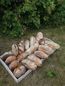 Truhlice: Podmáslový kváskový chléb - recept Bread, Food, Brot, Essen, Baking, Meals, Breads, Buns, Yemek