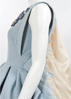 Detail couture jurk Claes Iversen