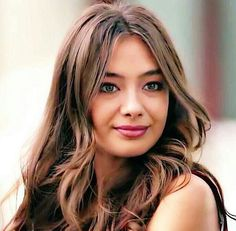 "1,175 aprecieri, 13 comentarii - Neslihanatagül (@neslihan.atagul_kadir) pe Instagram: ""@neslihan.atagul_kadir çok şıksın bebeğim benim @neslihanatagul"" Turkish Men, Turkish Beauty, Turkish Actors, Beautiful Eyes, Beautiful Women, Girls Frock Design, Prettiest Actresses, Frocks For Girls, Wig Hairstyles"