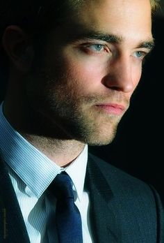 (36) Tumblr Lawd have mercy! One does not simply cheat on Rob Pattinson! Sheesh!