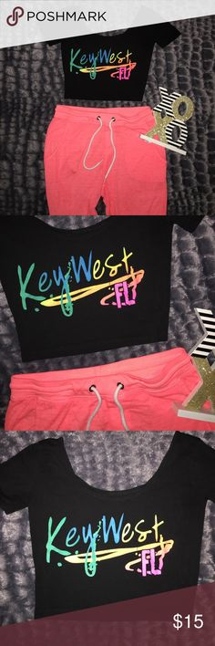 Sale🌈Key west crop top Iike new key west crop top! Black size small Tops Crop Tops