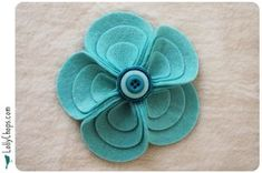 felt flowers tutorial, 5 petals = fewer pieces to lose track of