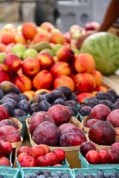 fresh fruit from farmer's markets