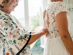 Ich hoffe, ihr habt alle eine schönen Muttertag verbracht! 🥰 DANKE an alle Mamis da draußen, dass ihr immer für uns da seid - ihr seid großartig! ❣️ ⠀⠀⠀⠀⠀⠀⠀⠀⠀⠀⠀ ⠀⠀⠀⠀⠀⠀⠀⠀⠀⠀⠀ ⠀⠀⠀⠀⠀⠀⠀⠀⠀⠀⠀ ⠀⠀⠀⠀⠀⠀⠀⠀⠀⠀⠀ photography: @violajaglphotography  wedding planner: @oneday_weddings Lace Wedding, Wedding Dresses, Wedding Planner, Photography, Instagram, Tops, Fashion, Dear Mom, Mother's Day