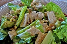 """Point-less"" Meals: Chicken, Avocado And Walnut Salad"