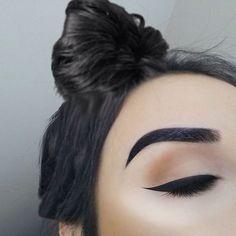neutral eyes + winged liner