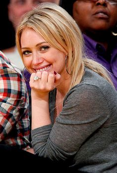 beautiful engagement rings on a finger 22 hilary duff engagement ring pinterest - Hilary Duff Wedding Ring