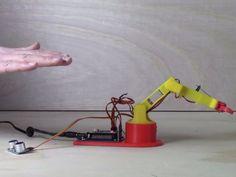 Control Arduino LittleArm with Ultrasonic Sensor