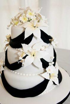 Die 18 Besten Bilder Von R M Torte Birthday Cakes Deserts Und