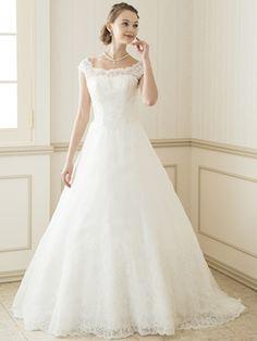 シェリル ウェディングドレスレンタルのTIG DRESS SHOP Wedding Dress Types, Amazing Wedding Dress, Modest Wedding Dresses, Bridal Dresses, One Shoulder Wedding Dress, Wedding Gowns, Disney Princess Dresses, Dress Collection, Marie