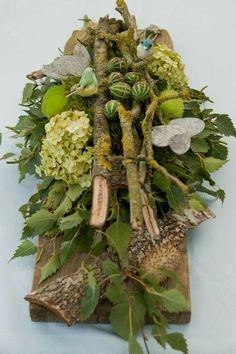 Discover thousands of images about funeral decorations Deco Floral, Arte Floral, Floral Design, Casket Flowers, Funeral Flowers, Flower Show, Flower Art, Floral Centerpieces, Floral Arrangements