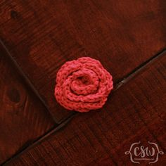 A Crown of Roses - free crochet pattern for seven rose variations on Colorful Christine