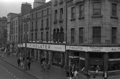 Findlater's Grocery, O'Connell Street (1968)