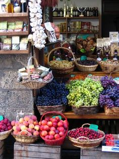 Italy has a strict natural and organic tradition for producing food.