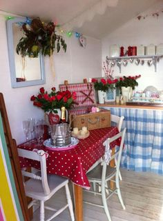 Gorgeous beach hut in West Mersea, Mersea Island, south of Colchester, Essex, England. Beach Hut Interior, Shed Interior, Country House Interior, Allotment Shed, Allotment Ideas, Beach Hut Shed, Craft Shed, She Sheds, Beach Shack