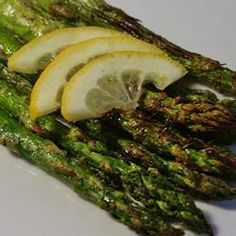 Grilled Lemon Parmesan Asparagus - perfect veggie side dish for Easter