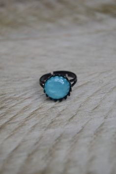 Aqua blue ring, sky blue glitter ring, light blue sparkle ring, black victorian style ring by Valkyrie´s Song