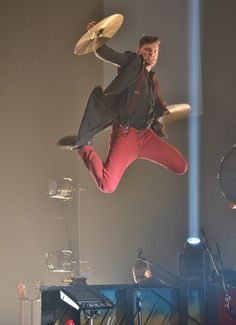Joel knows how to jump. :D