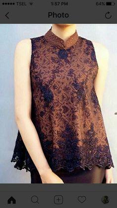 Batik Fashion, Hijab Fashion, Fashion Outfits, Blouse Batik, Batik Dress, Dress Batik Kombinasi, Mode Batik, Model Kebaya Modern, Kebaya Brokat