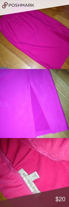 Pink pencil skirt Pink pencil skirt. Slit in the front. Charlotte Russe Skirts Pencil