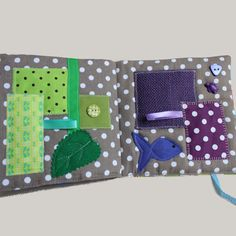 Busy fabric book « The colors » - quiet books - Early years toy
