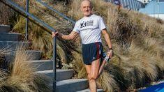 Zo svetových maratónov nosí zlaté medaily, aj po 70-tke dokáže vyhrávať a motivovať