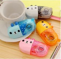 This kawaii little bear correction tape come in a variety of colors and helps white-out any mistakes you may have made. The perfect desk accessory or must-have for your pencil case, you'll be sure to