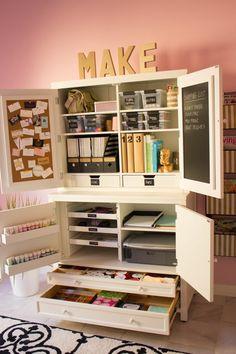 ACHADOS DE DECORAÇÃO - blog de decoração: HOME OFFICE E ATELIÊ DA BLOGUEIRA: foi ela mesma quem decorou!d
