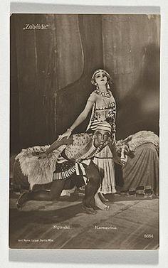 | Postcard of Nijinsky and Karsavina in Cleopatra c.1910