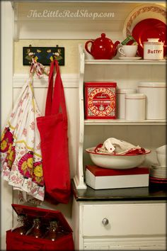The Little Red Shop: Vintage Farmhouse Kitchen